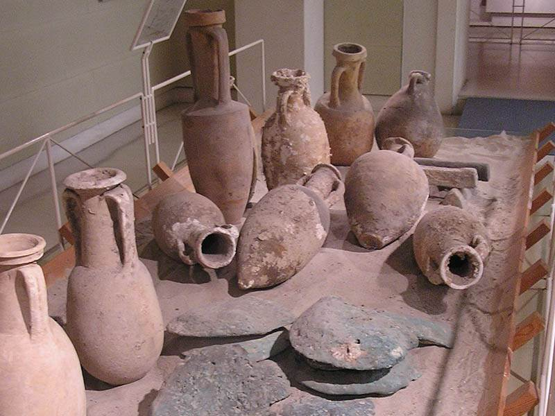 Collection of amphorae