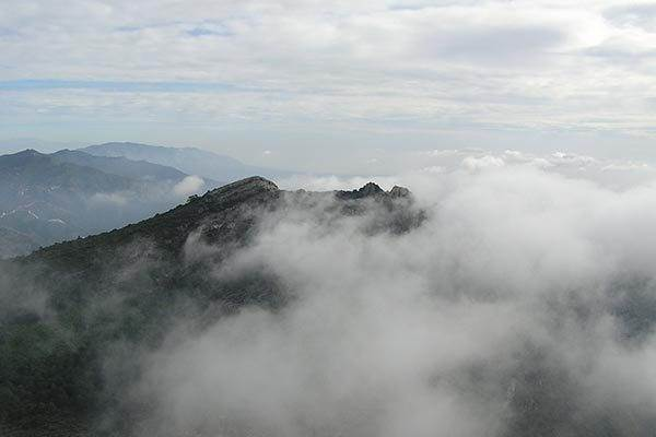Above the Clouds, Cruz de Juanar