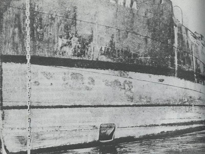Otlerra showing divers hatch