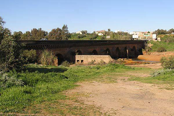 Roman Bridge, Niebla