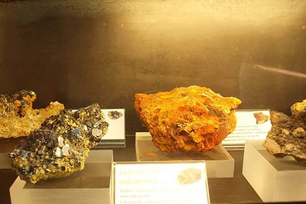 Minerals found in the Cabo de Gata